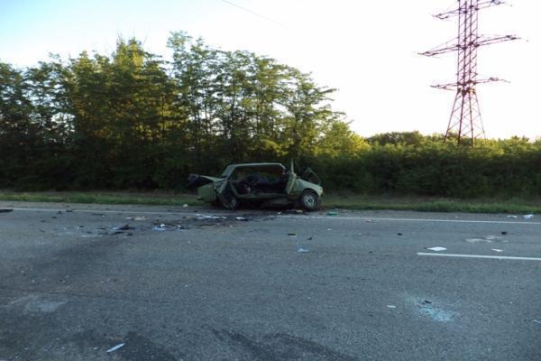 ВСтароминском районе вДТП навстречке погибли 4 человека