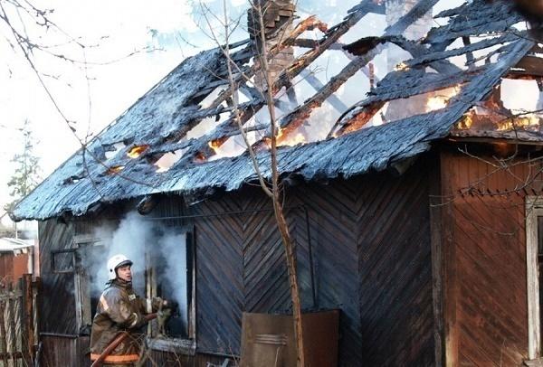 В Кущевском районе заживо сгорел мужчина