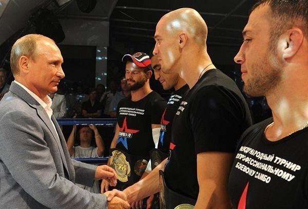 Путин в Сочи посмотрит соревнования по боевому самбо