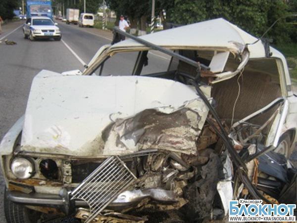 В Темрюкском районе в результате аварии погибли два человека