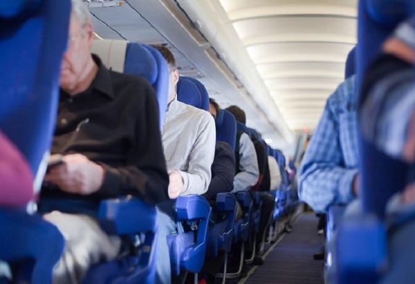 Пассажиры задержанного самолета в Сочи вылетели в Москву