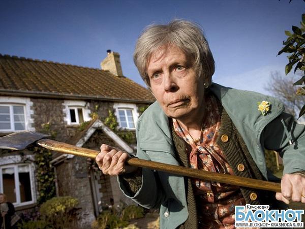 Воры обманули пожилую женщину из Южной столицы