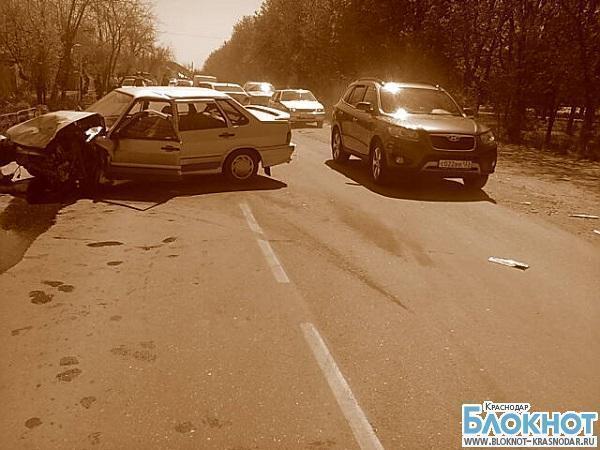В Краснодарской аварии пострадало четыре человека