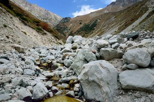 Женщина попала под камнепад в Анапе из-за ливня