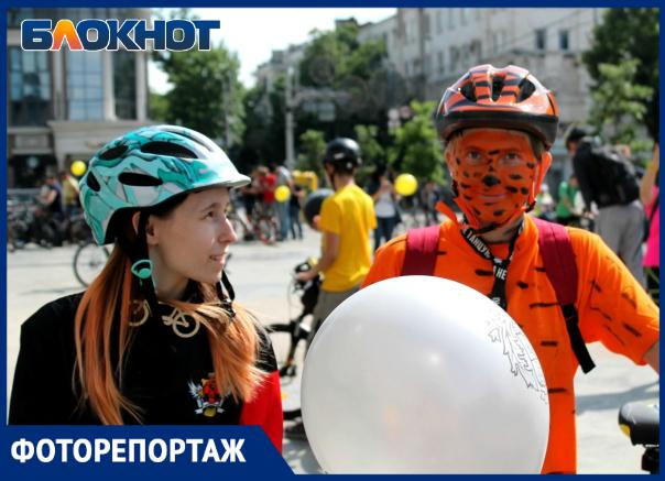 Крути педали, пока свободна улица: в Краснодаре прошел велопарад