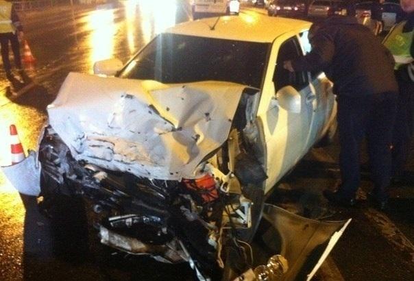 В Краснодаре таксист на «Гранте» протаранил «Приору»