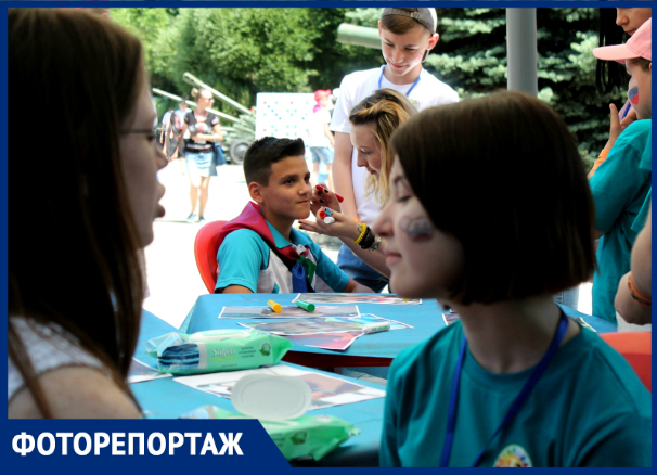 «Солнечный круг, дети вокруг»: первый день лета отпраздновали в Краснодаре