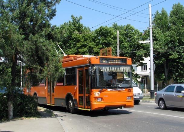 Ликвидацию троллейбусной линии в центре Краснодара прокомментировали в мэрии