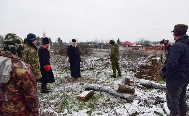 Церковь спасает данные по захоронениям сгоревшего кладбища на Кубани