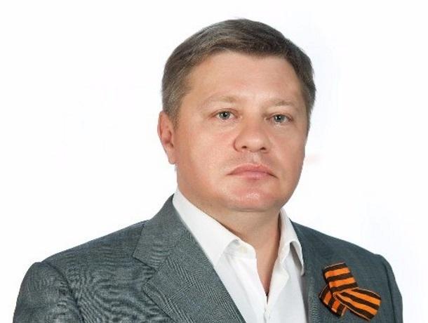 На 3416 рублей 67 копеек в месяц живет депутат парламента Кубани Борис Левицкий с ребенком