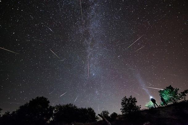 Загадывать желания на падающие звезды жители Кубани смогут все новогодние каникулы