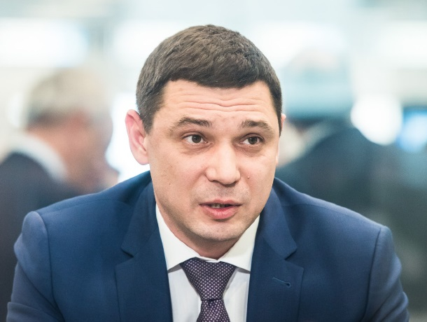 Мэр Краснодара озолотил лучших студентов 2 175 рублями
