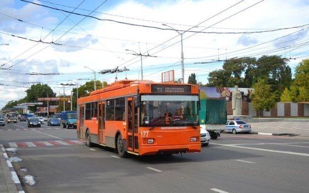 В Краснодаре в День Победы троллейбусы изменят свои маршруты