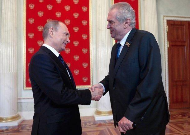Путин в Сочи встретится с президентом Чехии