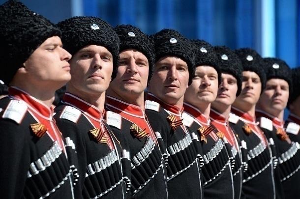 300 молодых кубанских казаков пополнили ряды армии ЮВО