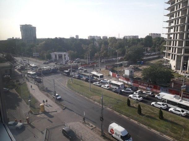 Трамваи заблокировали движение на 40-летия Победы в Краснодаре