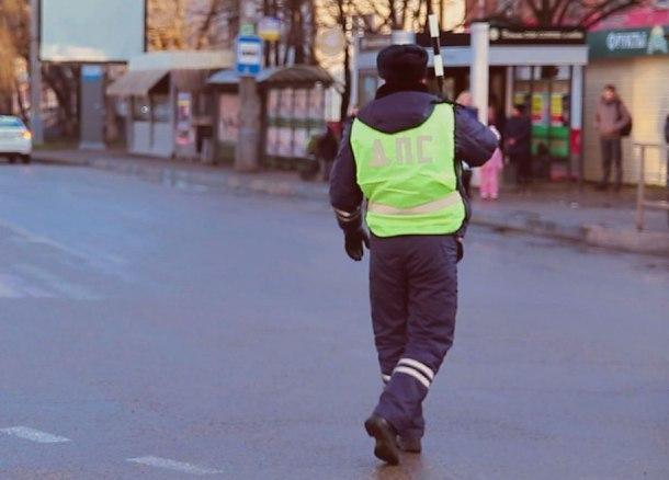 Женщина на Кубани ездила по правам, распечатанным на принтере