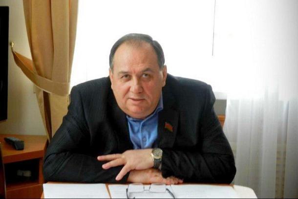 Возбуждение уголовного дела на председателя бюджетного комитета ЗСК Кравченко подтвердил Следком Кубани