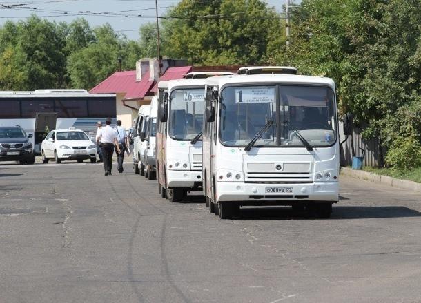 Мэр кубанского города лишил работы водителя после поездки на автобусе