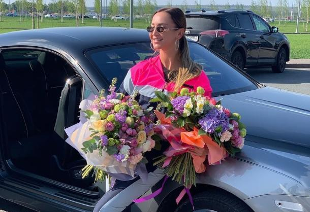 Ольга Бузова прилетела с концертом в Краснодар