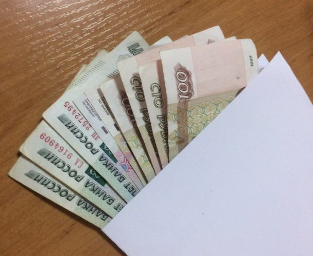 Полицейский на Кубани потребовал взятку у злоумышленника, но так и не помог ему