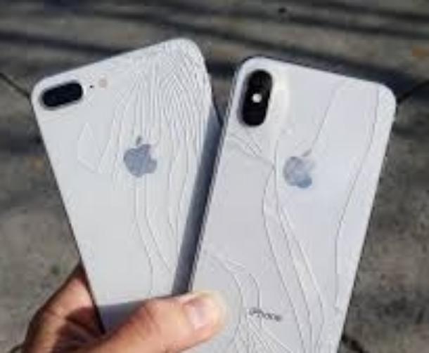 Хотят подать на Apple в суд жители Краснодарского края