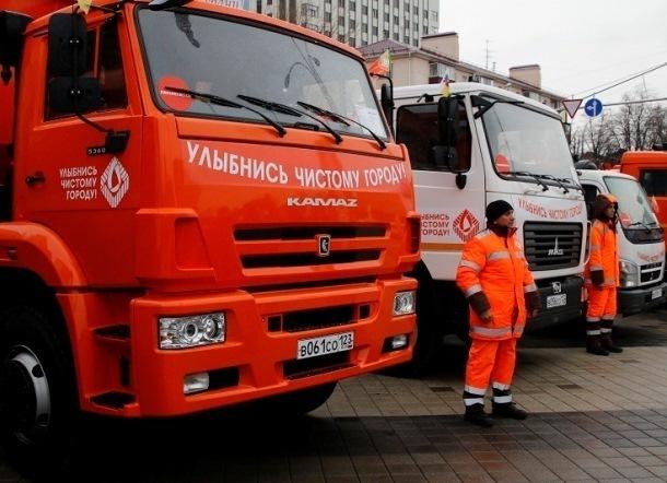 Спецтехника обработает дороги Краснодара в ночь на четверг