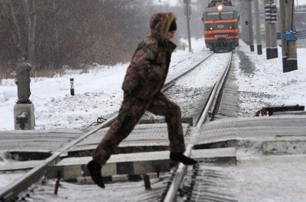 Подростка ударило током на железной дороге в Тимашевском районе