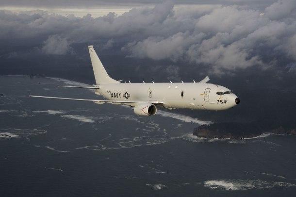 Самолет ВМС США несколько часов кружил над Новороссийском