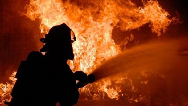 В ночном пожаре в Краснодаре пострадал человек