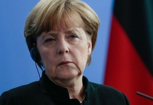 Меркель хочет поговорить в Сочи о войне