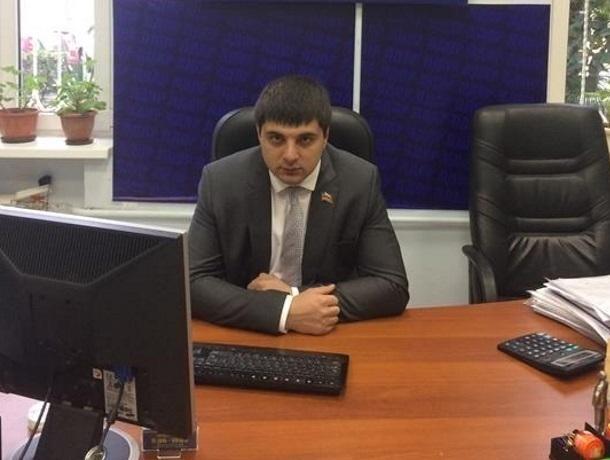 Призывает ходить в обход «бюрократических коридоров» депутат в Краснодарском крае