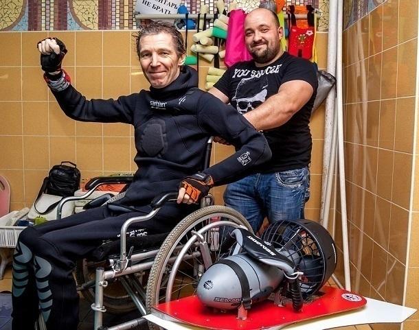 В Новороссийске изобрели подводную инвалидную коляску