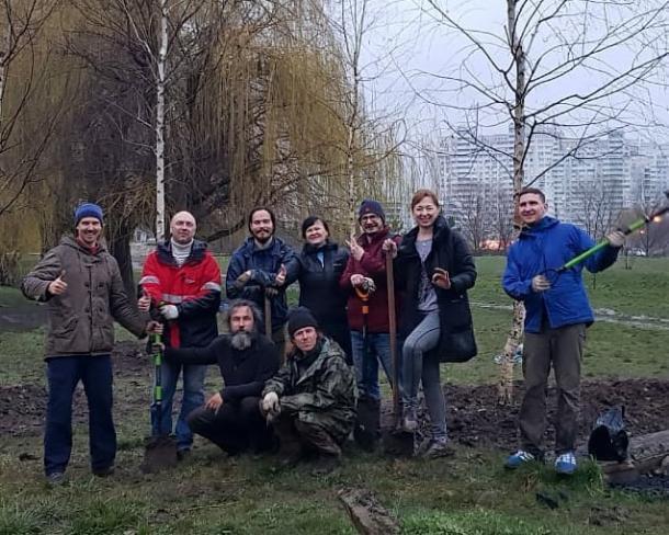 Краснодарцы своими усилиями благоустроили Народный парк в Комсомольском микорайоне