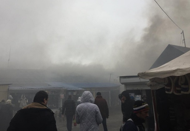 В Геленджике сгорел магазин