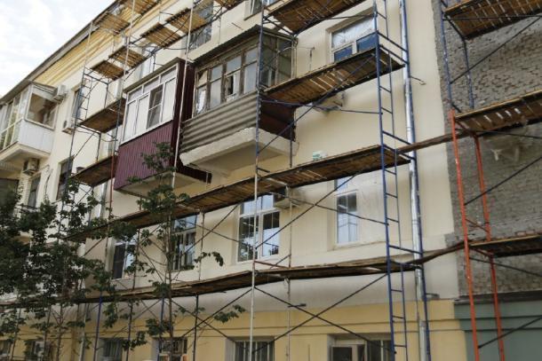 В Краснодаре планируют отремонтировать 382 многоквартирных дома