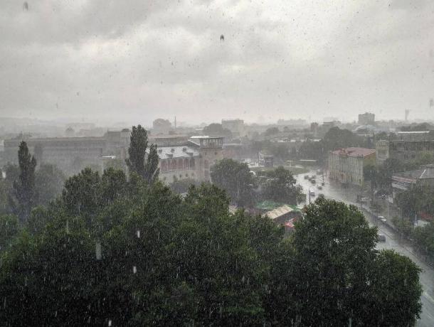 НаКубани до6июля объявлены штормовое иэкстренное предупреждения