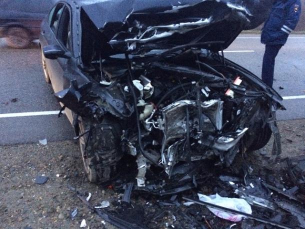 НаКубани врезультате дорожного происшествия сгорел шофёр Лада Largus
