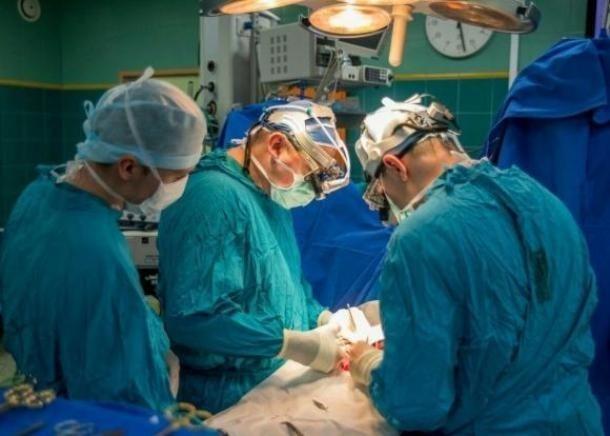 Краснодарские врачи удалили злокачественную опухоль 97-летней бабушке