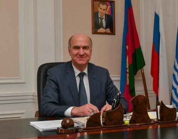 Виктор Хрестин отказался от «кресла» в Гордуме Геленджика