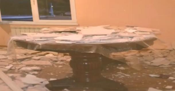 На головы хозяев олимпийских коттеджей в Сочи упали потолки