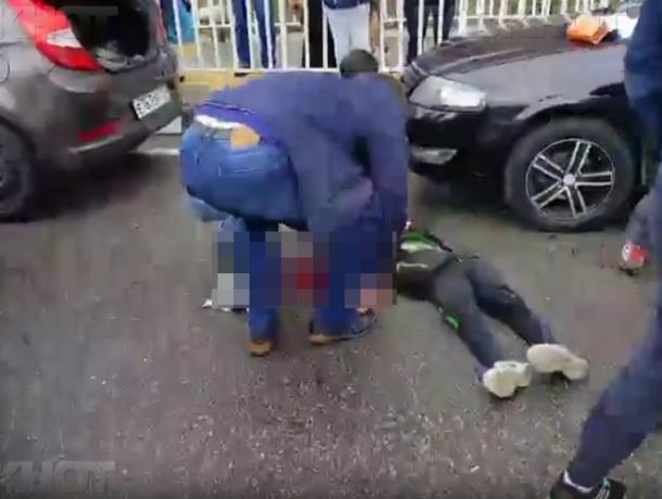 В Сочи мать погибшего в ДТП ребенка просит не сажать в тюрьму виновного таксиста
