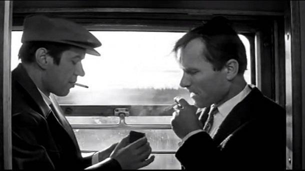 В поездах через Кубань на курящих теперь доносят на 33% чаще