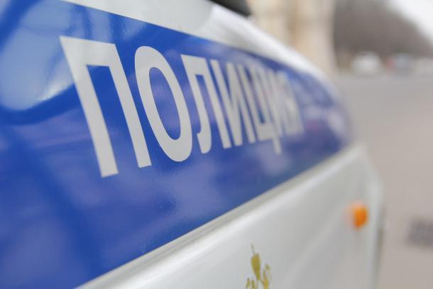 Угнал автомобиль, но далеко не уехал мужчина в Краснодарском крае