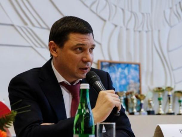 Мэр Краснодара будет включать и выключать свет для тренировки