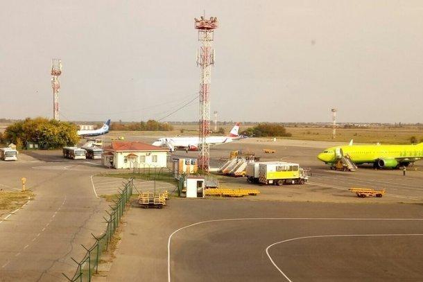 Женщина, летевшая из Сочи в Крым, попала в отделение полиции