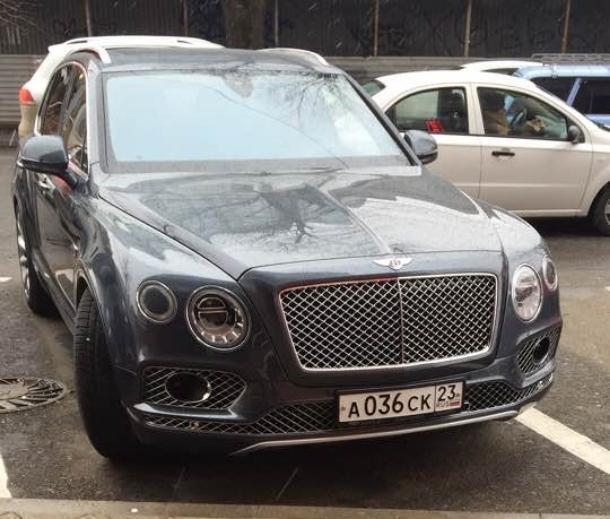 «Bentley Хахалевой и ДПС-нарушители»: такой тесный Краснодар, все попадаются на глаза