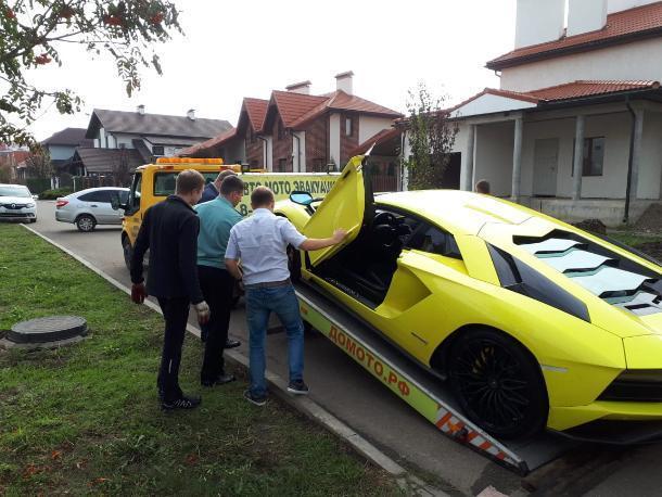 Краснодарец за долг в 55 млн рублей лишился «Ламборджини» и еще трех элитных авто