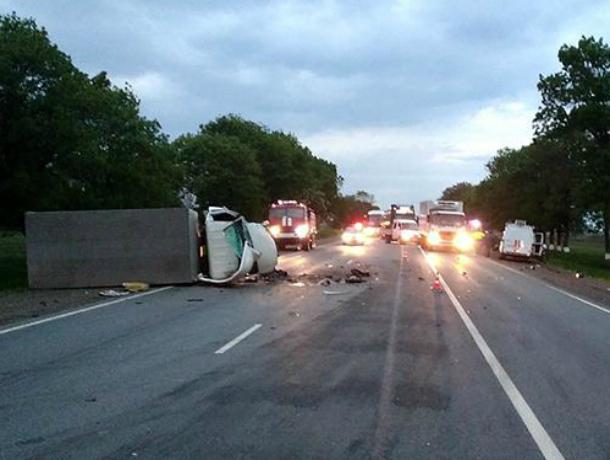 «Безрассудный» водитель «Приоры» разбился насмерть при лобовом столкновении с грузовиком на Кубани