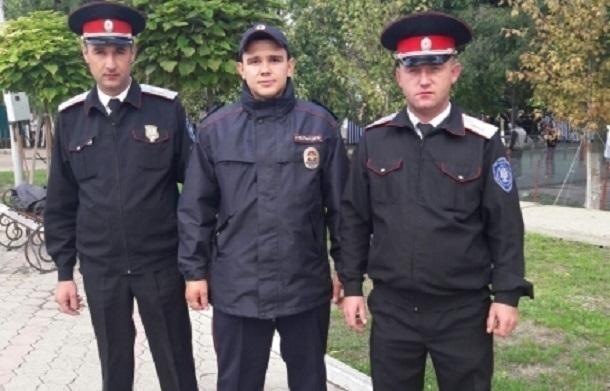 ВКрымском районе полицейские помогли пенсионерке выбраться изгорящего дома